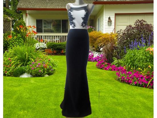 Rochie de seara lunga alb negru croi sirena cu flori Eva