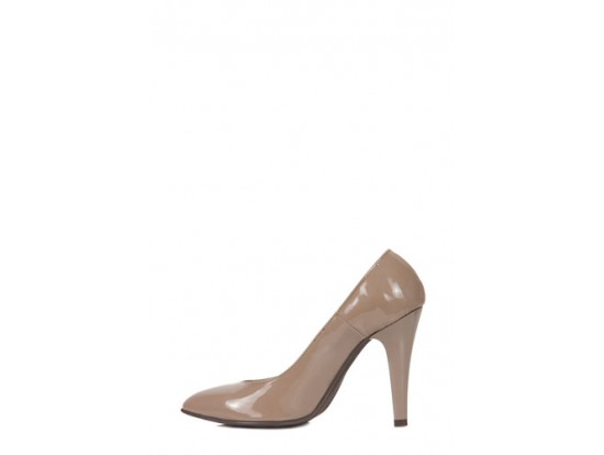 Pantofi bej stiletto din piele lacuita model P1-2