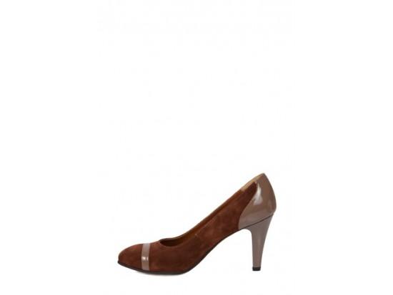 Pantofi Clarette maro cu bej inchis din piele naturala model 152
